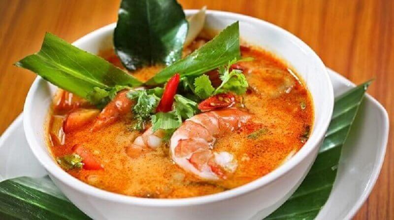 Nấu Lẩu Tom Yum Cốt Dừa Chuẩn Vị Thái 3