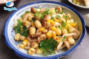 Món hạt sen xào bắp nấm